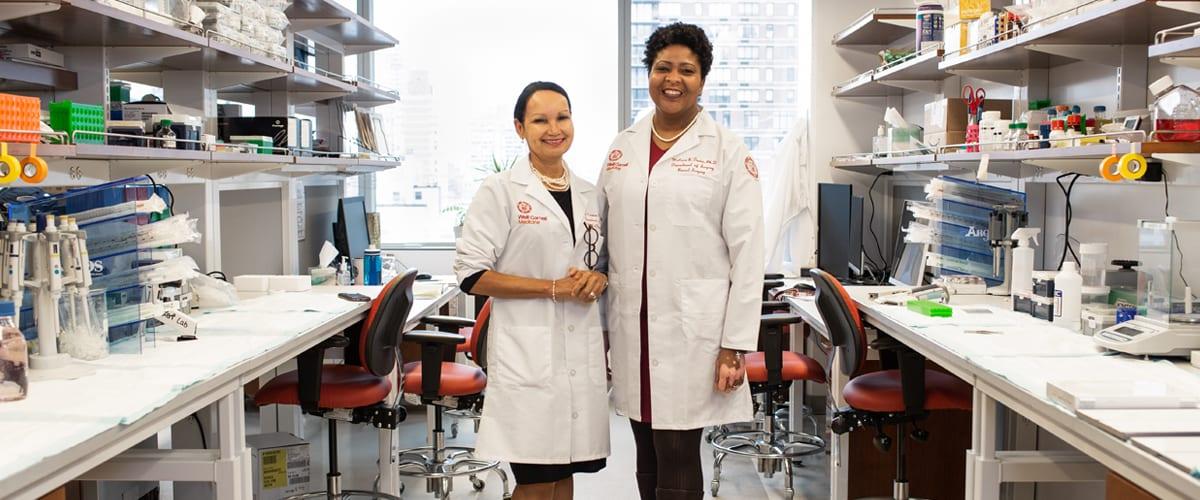 Portrait of Dr. Lisa Newman with her colleague, Melissa Davis, Ph.D.