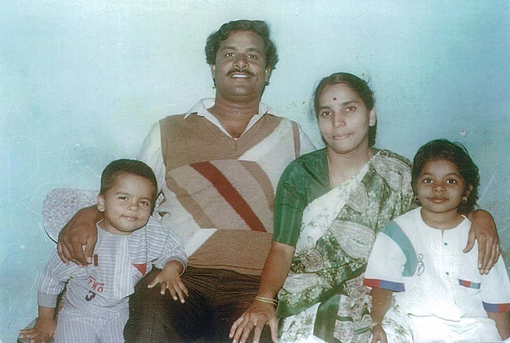 Sowmya with her parents and brother in 1991