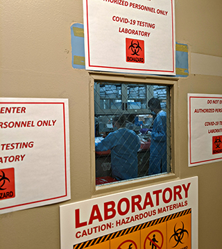 A view inside and NYP COVID-19 testing lab.